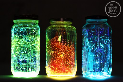 How to make DIY glow jars