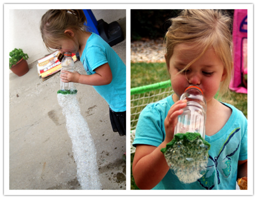 How to make DIY snake bubble blower