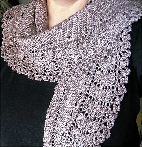 Free Knitted Lace Patterns : 10 Stylish Free Knitting Scarf Patterns DIY Tag