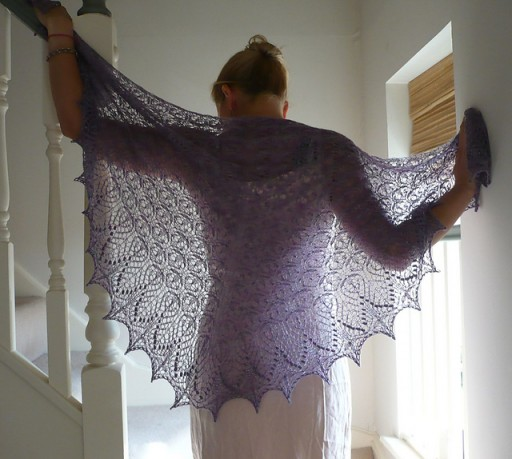 Fabulous Echo Flower Shawl Free Knitting Pattern 1