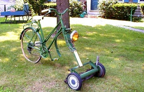 Turn A Bicycle Into A DIY Bike Lawn Mower... Truly Self Propelled Lawn Mower! 2