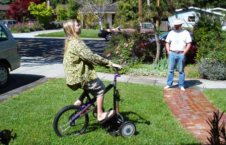 Turn A Bicycle Into A DIY Bike Lawn Mower... Truly Self Propelled Lawn Mower! 3