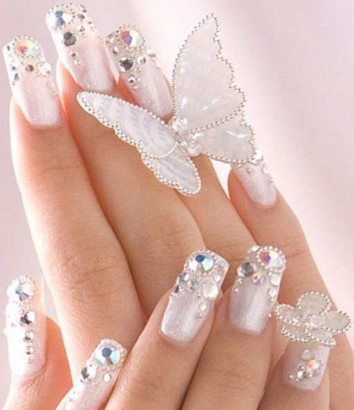 12 Gorgeous Butterfly Inspired Nail Designs 12