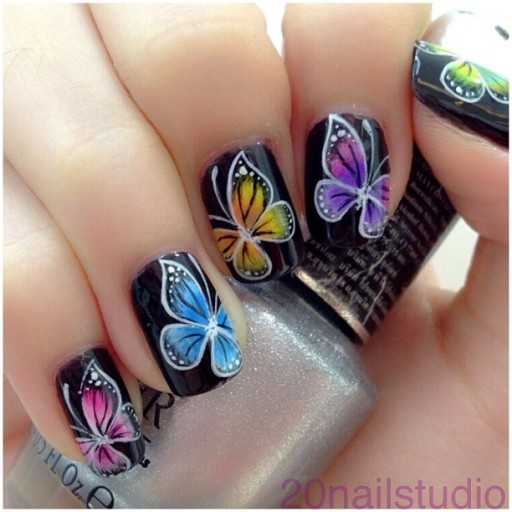 12 Gorgeous Butterfly Inspired Nail Designs 4