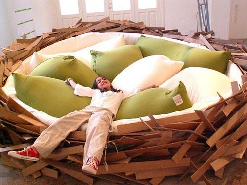 Bird Nest Bed 1