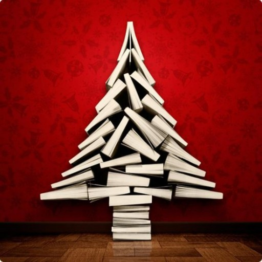 Book Christmas Tree - Wonderful DIY Home Decor 3