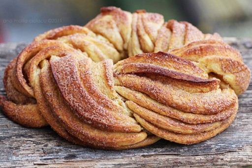 Braided Cinnamon Wreath Bread Recipe 1