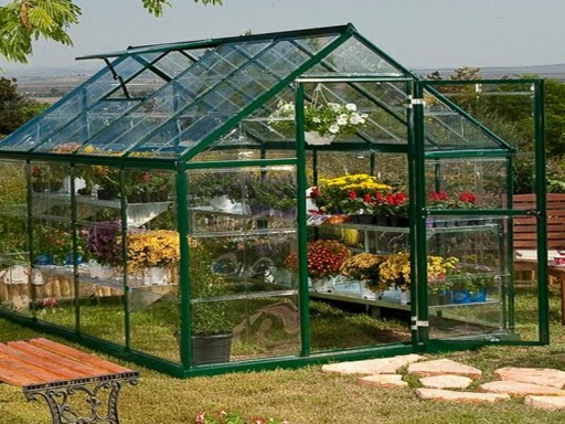 DIY Greenhouse Plans 10