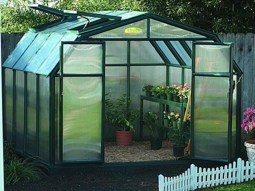 DIY Greenhouse Plans 6