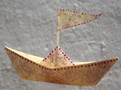 how to make a paper boat 1
