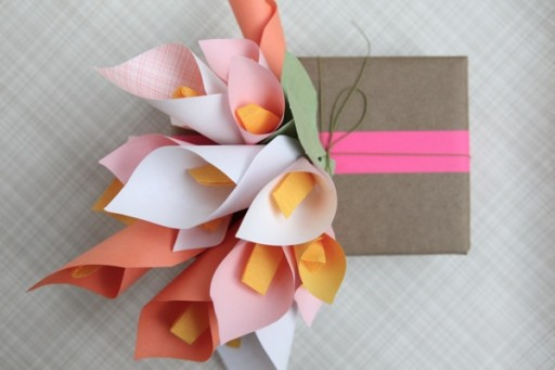 Paper Calla Lilies DIY Gift Wrapping Tutorial 3