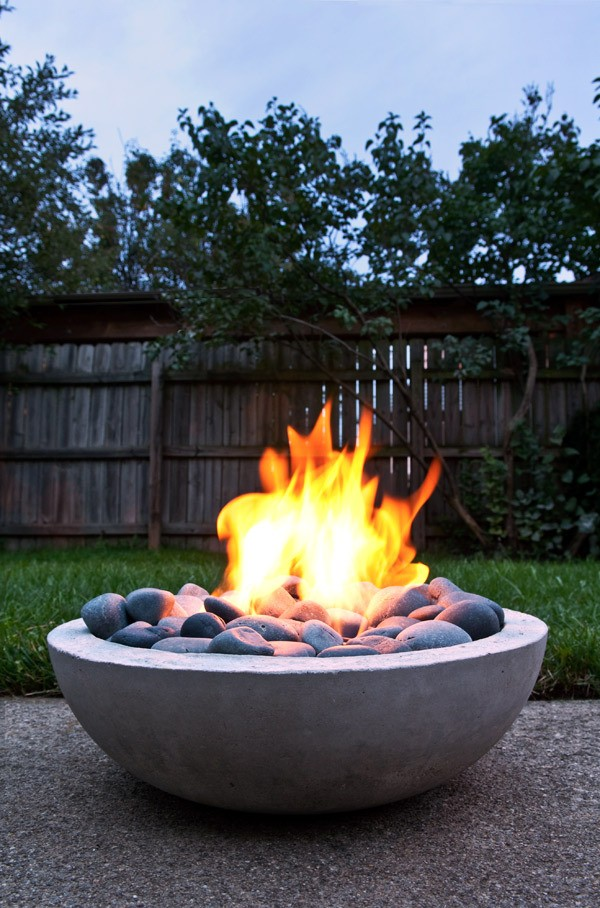 DIY Concrete Fire Pit Tutorial 1
